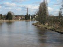 在水坝的水力发电站在狂放的自然在捷克,摩拉维亚,欧洲 免版税库存图片