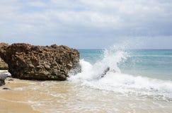 在费埃特文图拉岛的沙子海滩 库存照片
