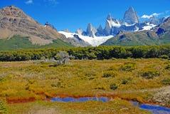 在巴塔哥尼亚的冰河山风景 免版税库存照片