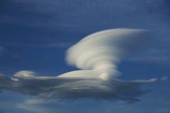 在巴塔哥尼亚的双突透镜的云彩 免版税库存图片