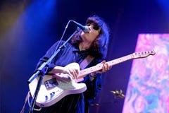 在巴塞罗那Accio音乐(BAM) La梅尔切的女衬衫(电子摇滚乐队) peformance 免版税库存照片