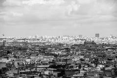 在巴黎多云天空市中心法国的看法 免版税图库摄影