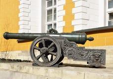 在1629年大炮在古铜被熔铸了 免版税库存图片