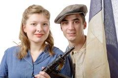 在1944年年轻夫妇法国抗性对解放 免版税库存图片