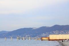 在索契,克拉斯诺达尔靠岸krai,冬天风景 免版税库存照片