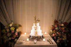 在结婚宴会的婚宴喜饼 库存照片