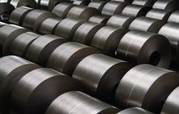 在贮存区的被冷轧的钢卷在钢铁工业 库存图片