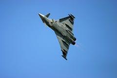 在费尔福德皇家空军基地空气纹身花刺的台风战斗机 免版税图库摄影
