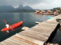 在素叻他尼,泰国的皮船 免版税图库摄影