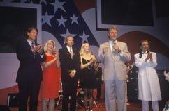 在1992年州长比尔・克林顿讲话在招待会在小岩城状态议院会议中心,小岩城,阿肯色 库存图片