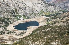 在水库的最低水位水平 免版税库存图片
