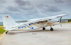 在离开前的Skydive西班牙飞机 免版税库存照片
