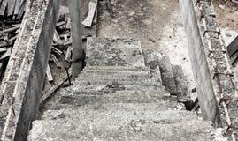 在离开的大厦的梯子 库存照片