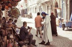在索维拉街道上的贸易商在9月20日的摩洛哥 免版税库存图片