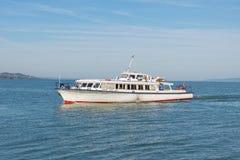 在巴拉顿湖的船 库存照片