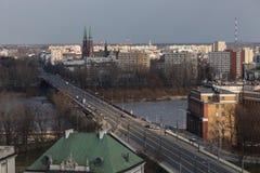 在维斯瓦河的桥梁在华沙,波兰 库存图片