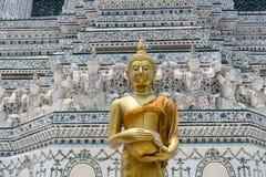 在黎明寺寺庙的金子菩萨 免版税图库摄影