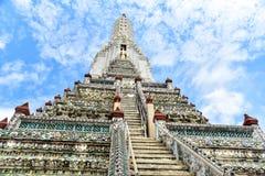 在黎明寺的陡峭的楼梯 库存照片