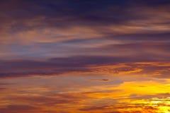 在黎明的天空 免版税库存图片