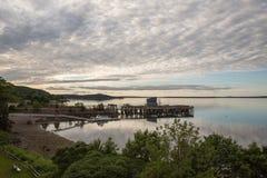在黄昏的法国人海湾在巴港缅因美国 免版税库存图片