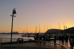 在黄昏的码头 免版税库存照片