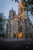 在黄昏的约克大教堂 库存图片