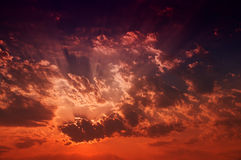黄昏Cloudscape 免版税库存照片