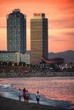 在黄昏的Barceloneta 免版税图库摄影