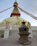 在黄昏的Boudhanath Stupa 免版税库存图片