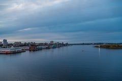 在黄昏以后的哈利法克斯港口 免版税库存图片