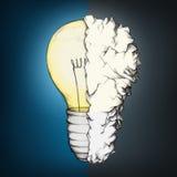 在黑暗的背景的发光的电灯泡,混合与一张被弄皱的纸 库存例证