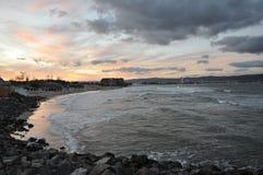 在晴朗的海滩的日落在保加利亚 库存图片