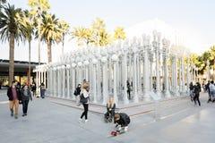 在洛杉矶郡艺术馆的都市光 库存照片