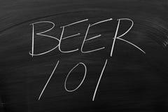 在黑板的啤酒101 免版税库存照片