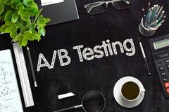 在黑黑板的AB测试 3d翻译 免版税图库摄影