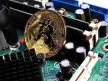 在主板的Bitcoin 库存图片