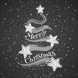 在黑板背景的白垩抽象圣诞树 库存图片