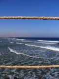 在绳索构筑的海浪潮 免版税图库摄影