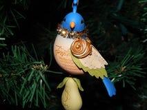 在洋梨树装饰品的鹧 免版税库存照片