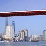 在黄浦江,上海,中国的桥梁 库存图片
