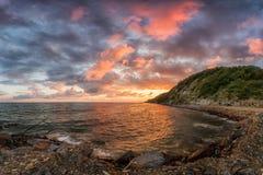 在黑海海岸的日落在夏天 免版税库存照片