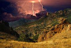 在黑海海岸的闪电,克里米亚 库存照片
