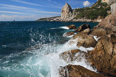 在黑海的风暴。Simeiz。 免版税库存图片
