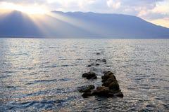 在洱海,大理,云南上的日落 库存照片