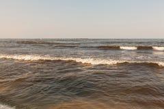 在黑海,罗马尼亚, Mamaia海滩,康斯坦察的日落 免版税库存照片