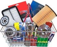 在购物车的成套工具零件 免版税库存图片