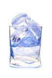 在水玻璃的冰 免版税库存照片