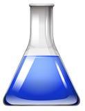 在玻璃烧杯的蓝色液体 免版税库存图片