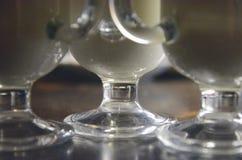在玻璃的咖啡拿铁 免版税库存照片