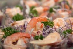 在玻璃的虾仁开胃品 图库摄影